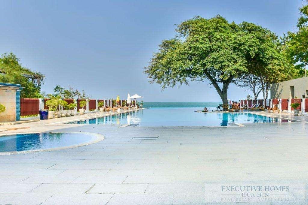 Central Hua Hin Beachfront Condo For Sale | Luxury Penthouse Condos For Sale In Hua Hin Thailand | Condos & Villas For Sale In Hua Hin Thailand | 3 bedroom condos for sale in Hua Hin Thailand | Hua Hin Real Estate | Apartments For Sale In Thailand