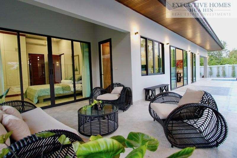 Golden Sands Beachside Villas   Outside Covered Patio Terrace Furniture 2
