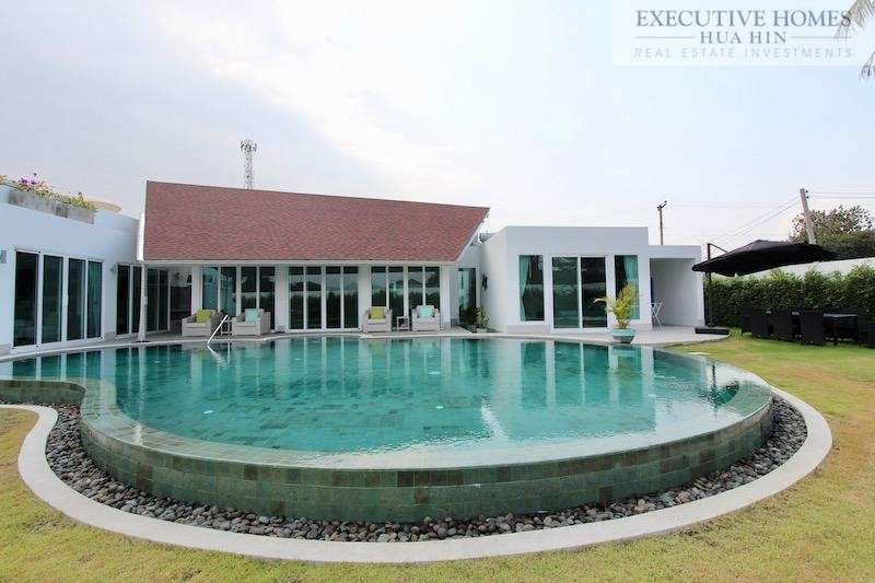 Hua Hin Luxury Villa for Sale | Modern Hua Hin Luxury Villa for sale | Hua Hin property for sale | Hua Hin real estate